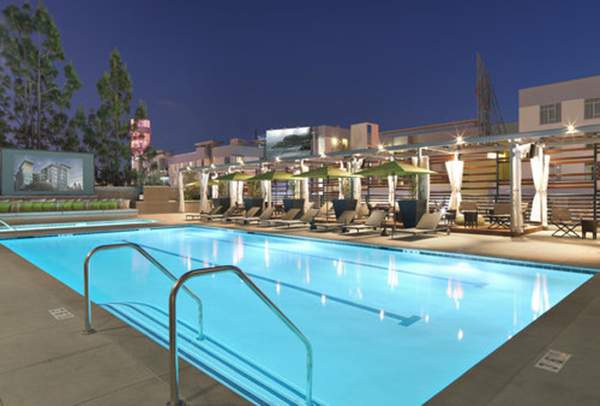 The camden hollywood urban arena - Salt water swimming pools los angeles ...